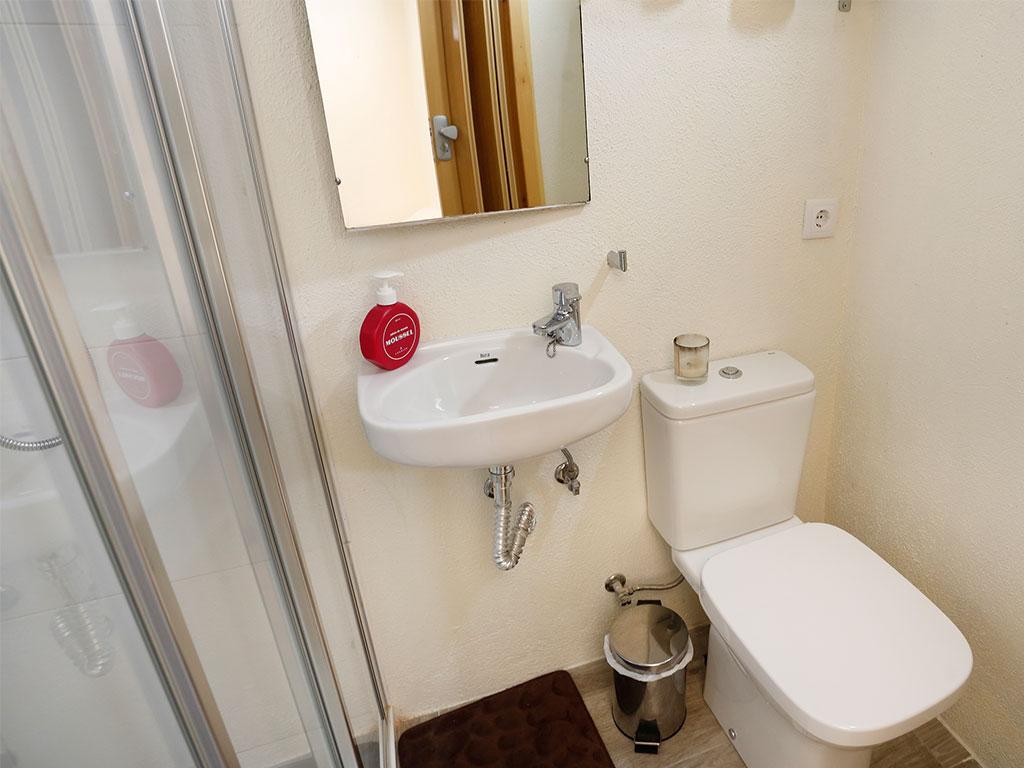 Baño habitación Ull de Llebre